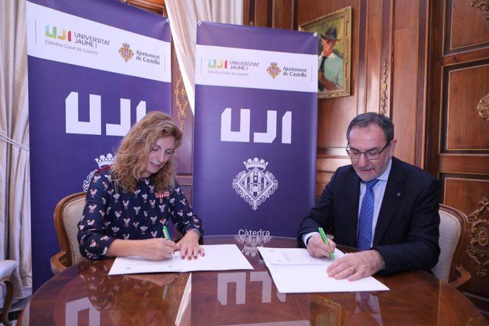 signatura conveni uji ajuntament